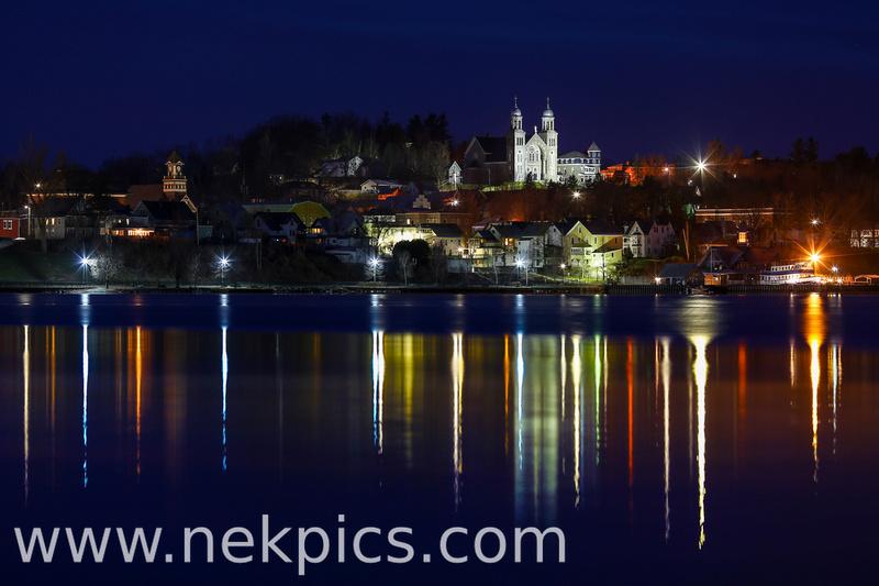 IMAGE: http://www.nekpics.com/img/s7/v156/p1749054569-4.jpg
